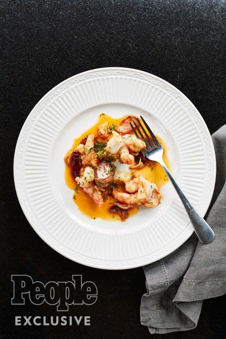 José Andrés' Garlic Shrimp ¼ cup Spanish or Italian extra-virgin olive oil 4 garlic cloves, thinly sliced 5 dried chilis…