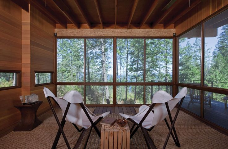 flathead-lake-cabin-2 in Montana - Small cabin in Polson, Montana. Designed by Andersson-Wise Architects.