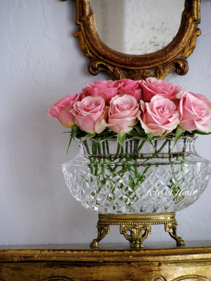 Perfect pink roses in footed crystal bowl {House Beautiful} | LFF Designs | www.facebook.com/LFFdesigns