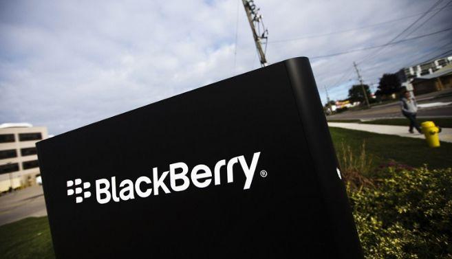 Penjualan Menurun Drastis, BlackBerry Tutup Divisi Hardware Akhir Bulan Ini? - http://kangtekno.com/penjualan-menurun-drastis-blackberry-tutup-divisi-hardware-akhir-bulan-ini/