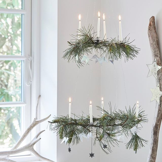 Get inspired by my Christmas wreaths in the new November issue of Mad & Bolig... .  #nordiskrum #madogbolig @madogbolig #fotograftrinebukh @trinebukh #adventskrans #adventskranz #christmaswreath #nordicliving #nordiclifestyle #christmasdecorations #nordichome #nordicchristmas #nordiskjul #nordiskehjem #interiør #interior #scandinavianliving #nordisklivsstil #simpleliving #tinekhome @tinekhome