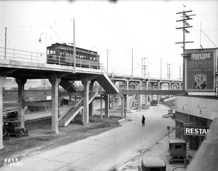 Streetcar At Youngstown Place Grade Crossing 1930 Seattle History West Seattle Seattle Sights