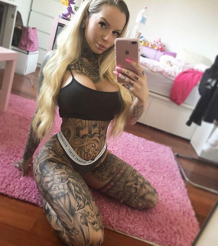 Art Tattoo Woman