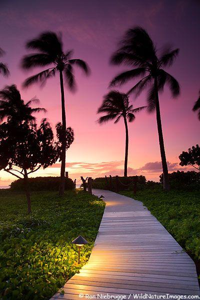 Sunset on Kahekilli Beach, Kaanapali, Maui, HI...