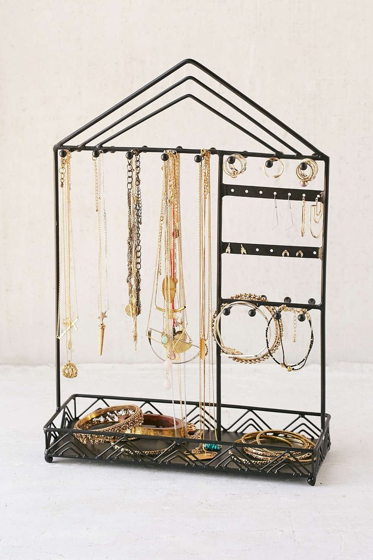 Best 25+ Jewelry holder stand ideas on Pinterest ...