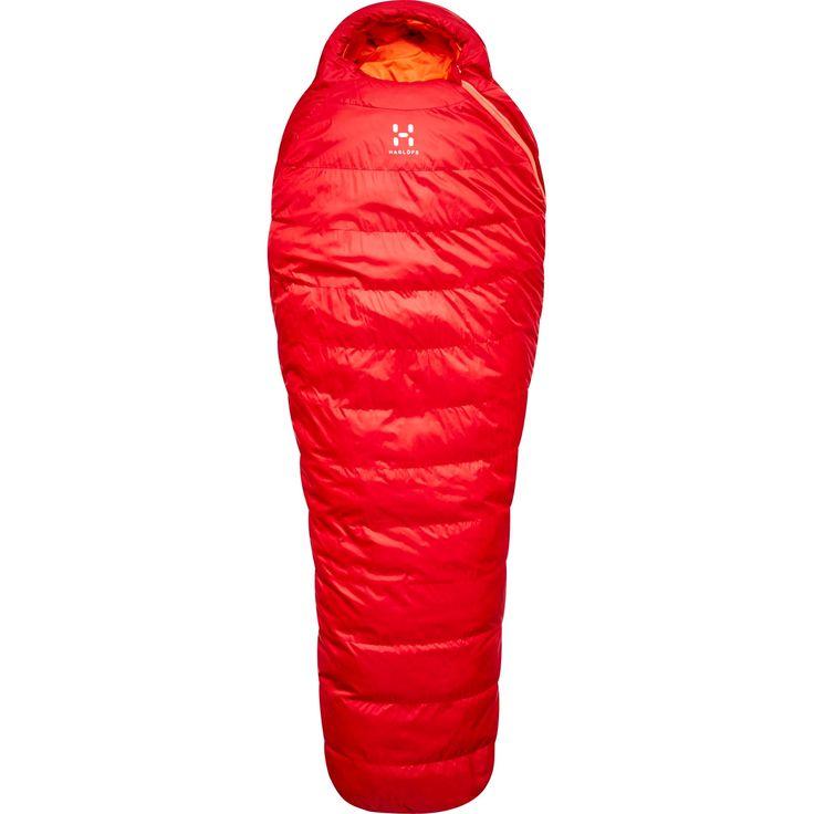 Ursus är en mångsidig sovsäck med fokus på en god nattsömn. Den här trekkingsovsäcken isolerar med FX-dun och har ett antal tekniska funktioner som gör den prisvärd.