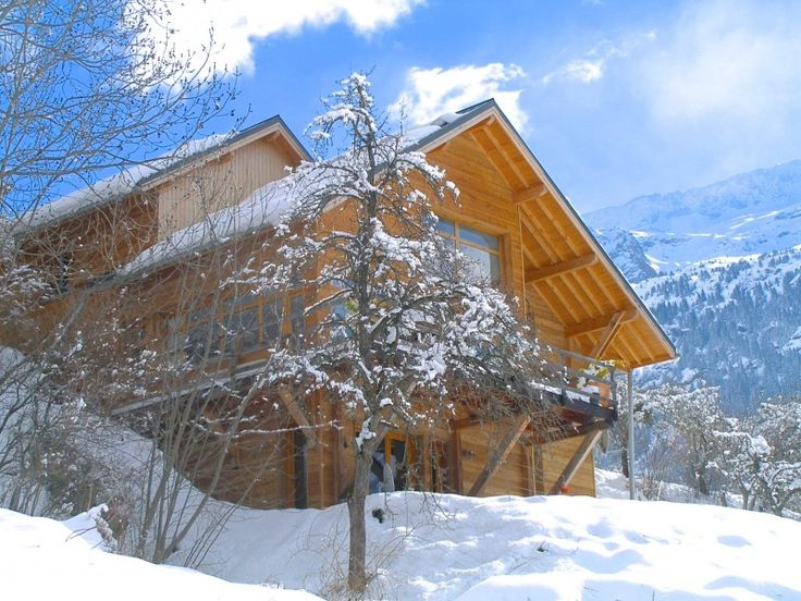 Chalet for sale in VAUJANY - Isere - Beautiful Modern Chalet with Magnificent Unobstructed Lake and Mountain View, Close To Vaujany Ski Resort France REF: 55427NDY38 | [13087]