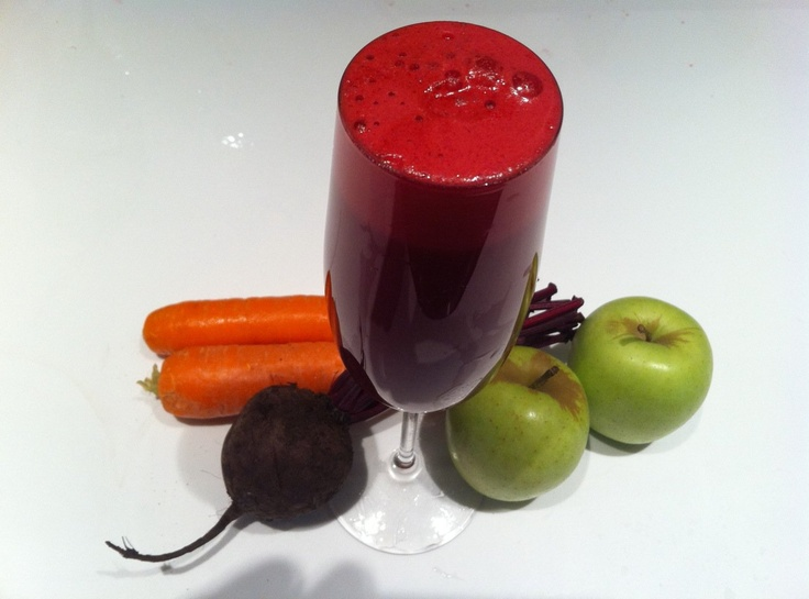 Jason Vale's ''Vampires Broth'' 2 apples, 2 carrots, 1 whole beetroot