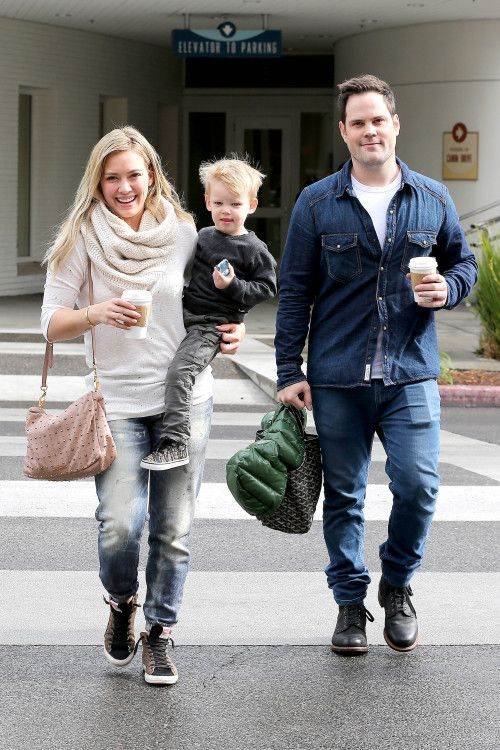Hilary Duff and Mike Comrie take their son Luca out to breakfast on March 1, 2014