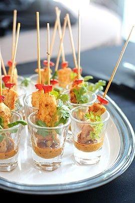 Hummm ! Mini brochettes de poulet au satay : une recette Un Jour, Une Recette