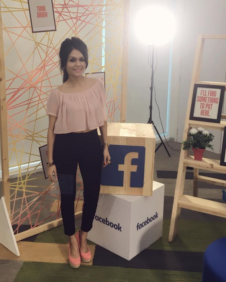 Awesome fun at Facebook office with @nehakakkar and @tonykakkar ✌️️ #sonukakkar #nehakakkar #tonykakkar #facebook