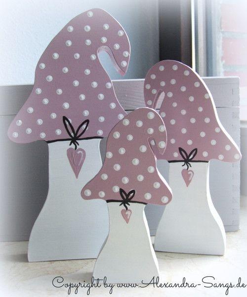 Pilze, Fliegenpilze, Glückspilze aus Holz, 3er Set von Handgemachte Holzarbeiten & dekorative Geschenke by Alexandra Sangs auf DaWanda.com