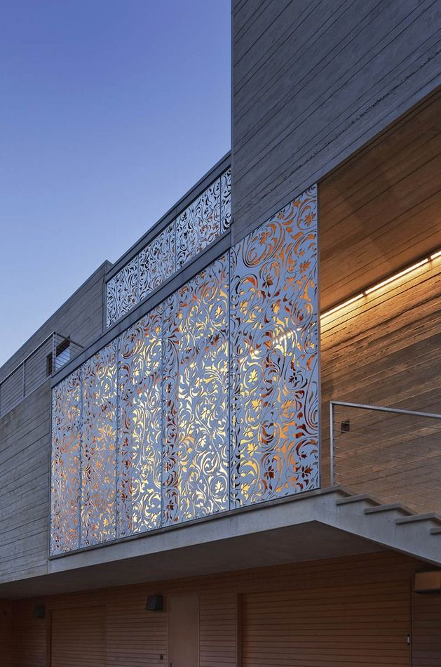 Alu screens for shade, wind shield, privacy, esthetics and great effect