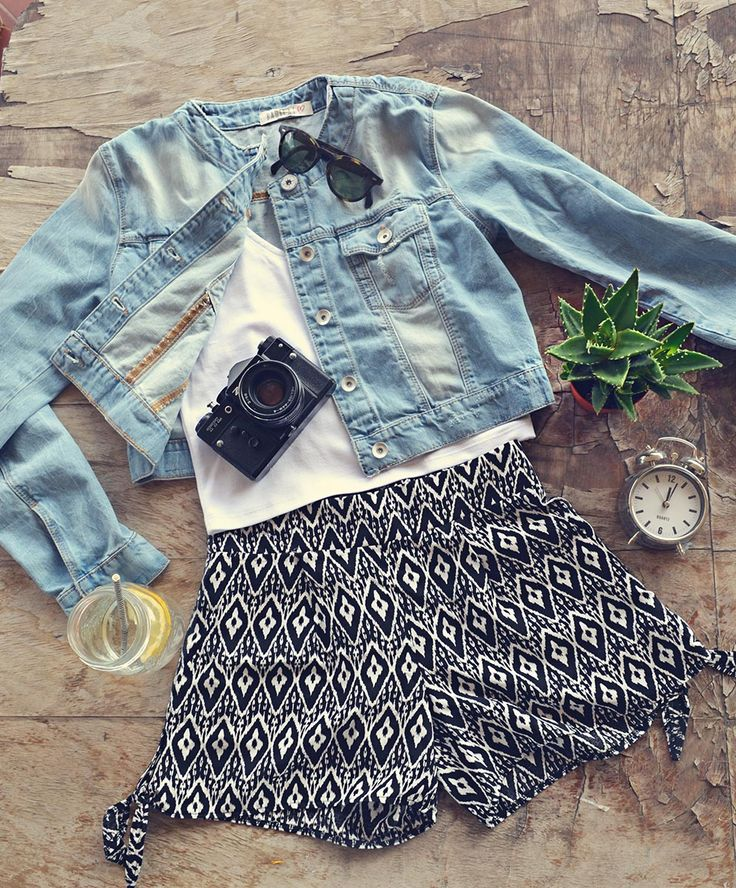 Denim Jacket, White crop top and shorts...for an adventurous girl! Badila Spring-Summer '15