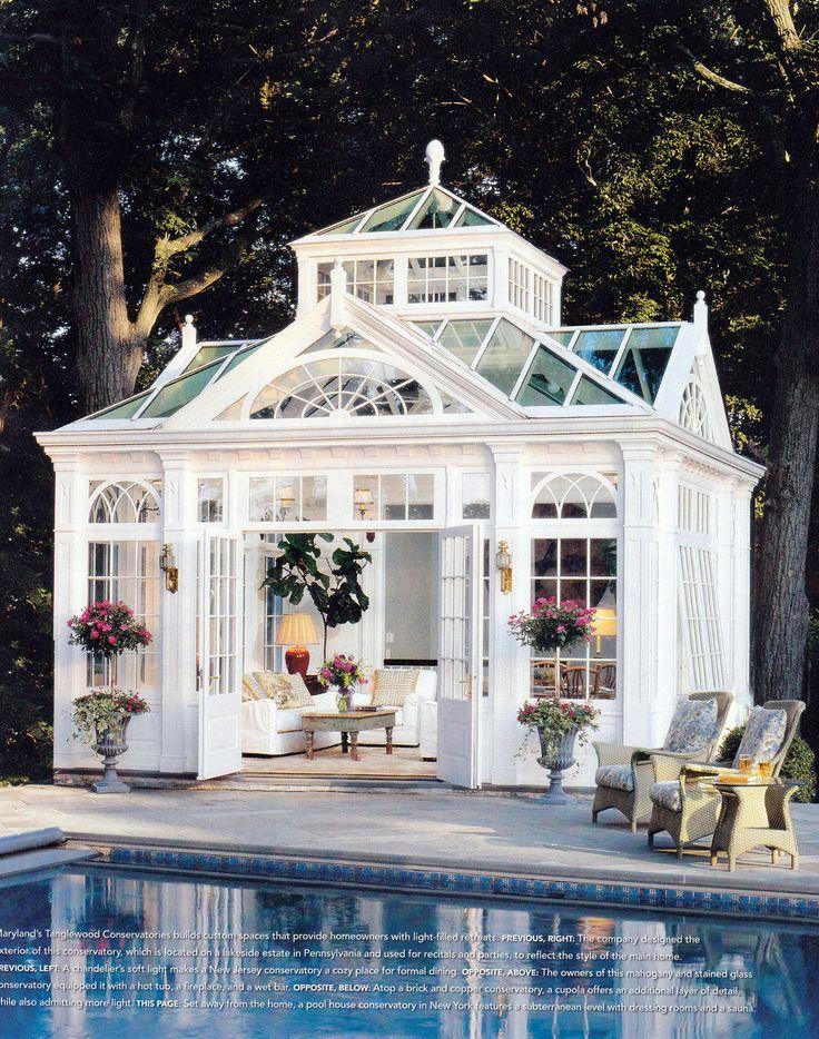 Paradise Poolside!