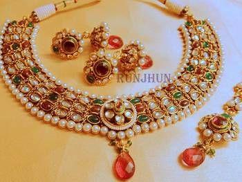 Designer: Runjhun jewellery (mirraw.com)