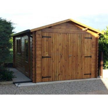 Garage in legno 3,2x5,2m 28mm, 15mq Garage in legno massello di abete nordico. Adatto come rimessa per autoveicoli e attrezzi da giardino. PORTONE IN LEGNO MASSELLO A DUE BATTENTI INCLUSO NEL PREZZO.