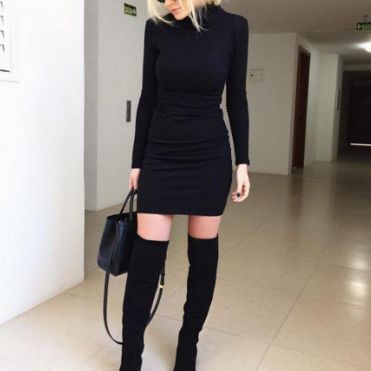 vestido-preto-gola-alta-mangas-longas-justo-usar-com-bota-over-comprar  a61b9800515