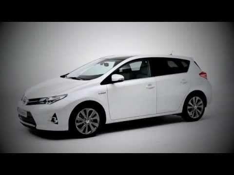 New Toyota Auris Hybrid - UK commercial