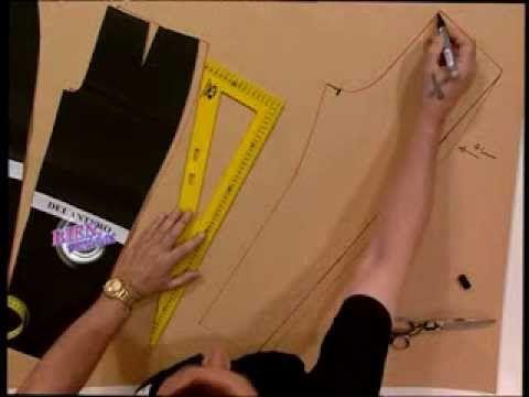 Hermenegildo Zampar - Bienvenidas TV - Explica como hacer el molde de una calza - YouTube