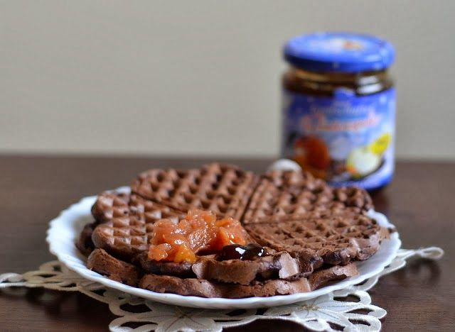 Веганский Нежданчик: Шоколадно-ореховые вафли с бананом