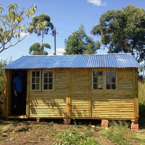 Find Wendy Houses for sale in Port Elizabeth at Garden Supply.