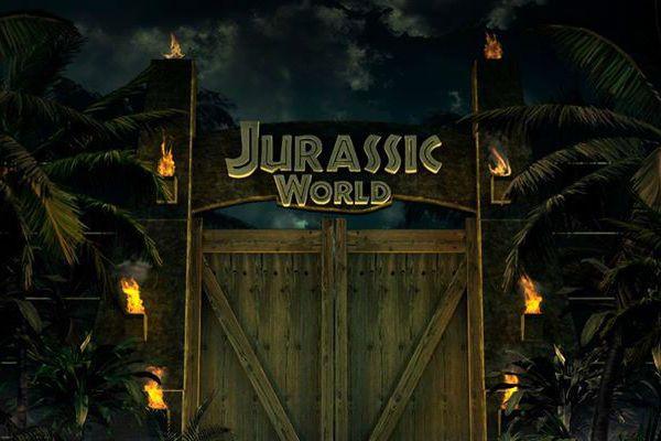 Jurassic World – Parla il proprietario del parco Irrfan Khan  http://www.mistermovie.it/news-2/jurassic-world-parla-il-proprietario-del-parco-irrfan-khan-42971/