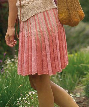 Short row knitted skirt, Free pattern