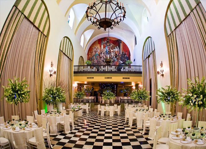 Destination wedding venue at Hotel El Convento in Old San ...