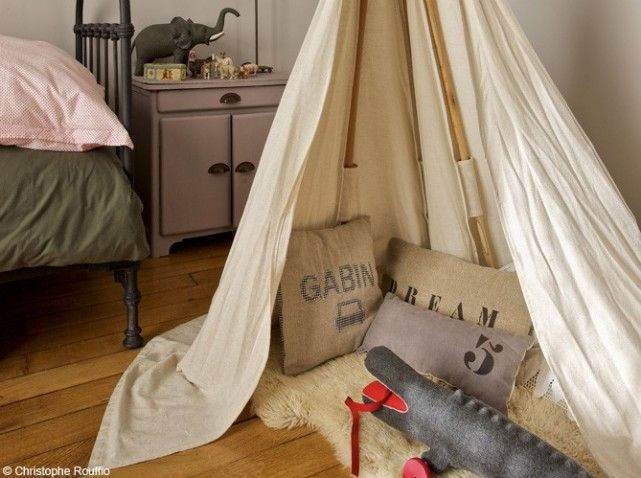 One of my son dreams of a tipee in his room...