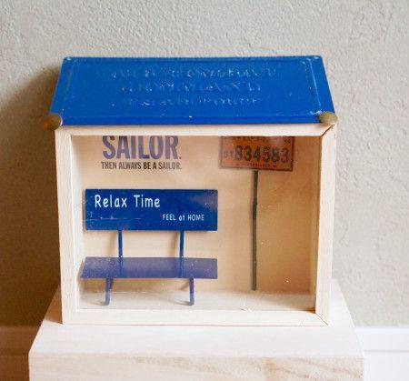 100均!コレクションケースで簡単♡ミニチュア「海辺のバス停」