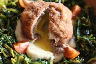 Яйцо в котлете. Как приготовить знаменитое шотландское блюдо | Мастер-классы | Кухня | Аргументы и Факты