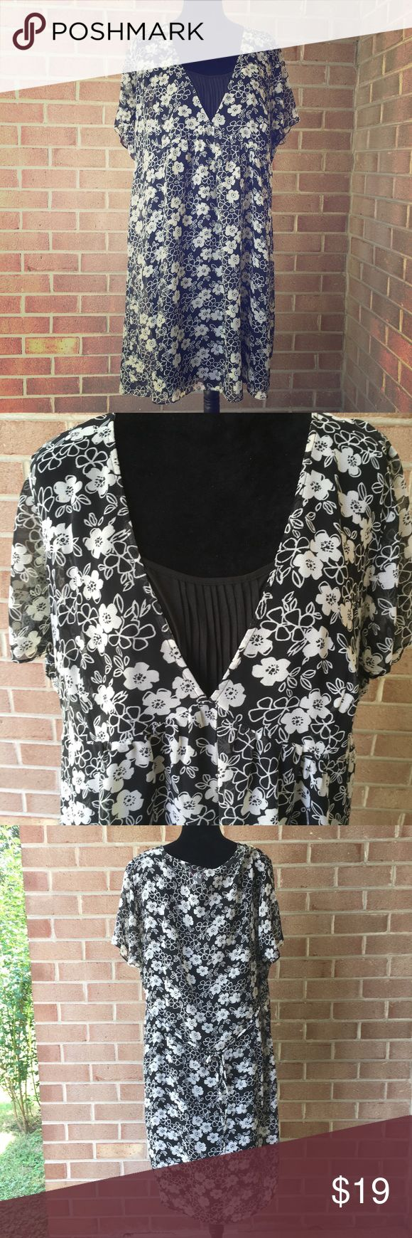 Two Hearts Maternity plus size dress Two Hearts Maternity Dress. Black liner with black with floral print top layer. Ties in the back. Flowers are a greyish cream color. Two Hearts Maternity Dresses
