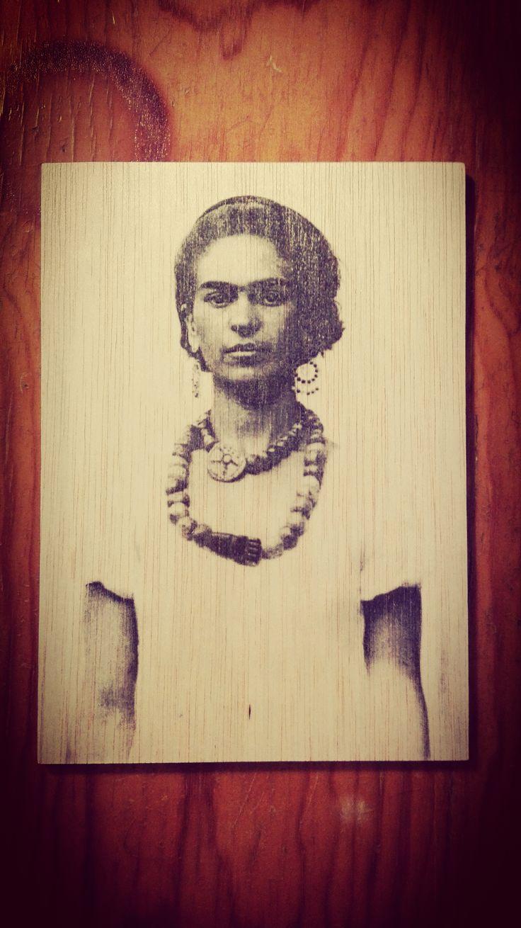 FRIDA KAHLO – Photo transfer on wood. Handmade - ROOTS by Pocket Art