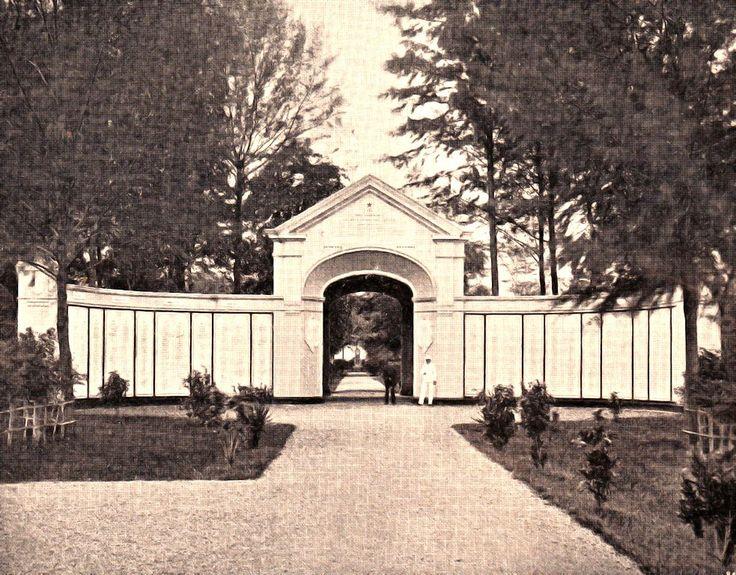 Gerbang Kerkoff Peucut, makam tentara Belanda di Peucut (1890-1910)