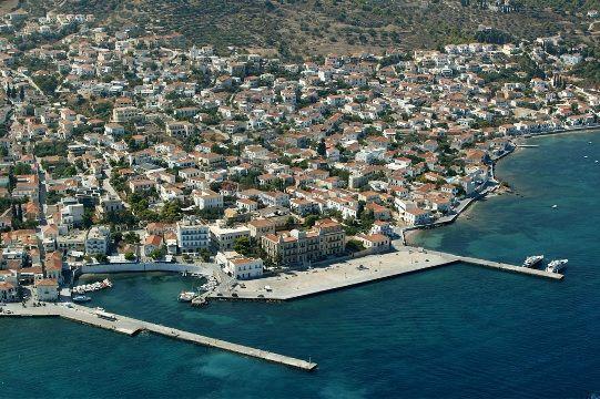 Visit Greece | Spetses