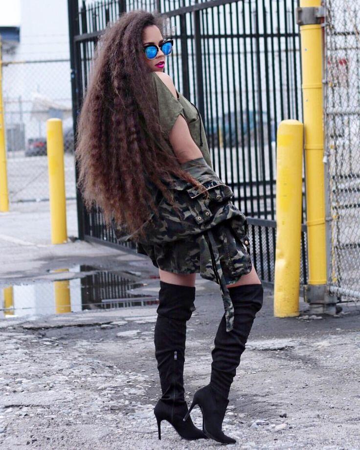 - Spankie Valentine  (@spankievalentine) || no extensions. Real natural hair. Natural hair. Long hair. Long natural hair. Frizzy hair. Wavy hair. Curly hair. Frizzy waves. Frizzy curls. Super long hair. Long frizzy hair.