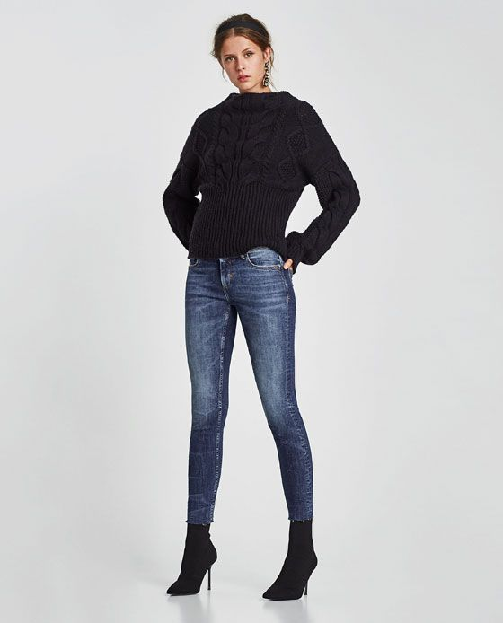 ZARA - WOMAN - MID RISE JEANS WITH GEM BUTTON