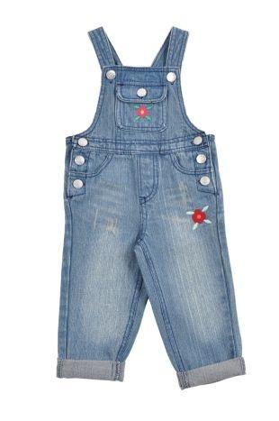Braga tipo jeans para bebe niña, en color azul. Bolsillos adelante y atrás, y con florecitas bordadas al frente.