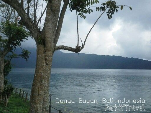 There are 3 famous lakes in Bali such as Tamblingan lake, Buyan Lake and Beratan Lake.