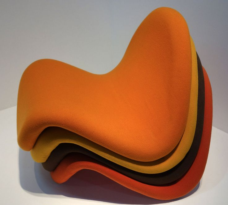 Pierre Paulin's Tongue Chair, first created in 1967 and still beloved today, as it's in many museum collections and available for sale through various furniture purveyors such as Hive Modern and 1stDibs // image found via Paulin's Wikipedia page  //  Tongue chair manufactured by Artifort on a tubular steel frame with stretch fabric-covered latex foam