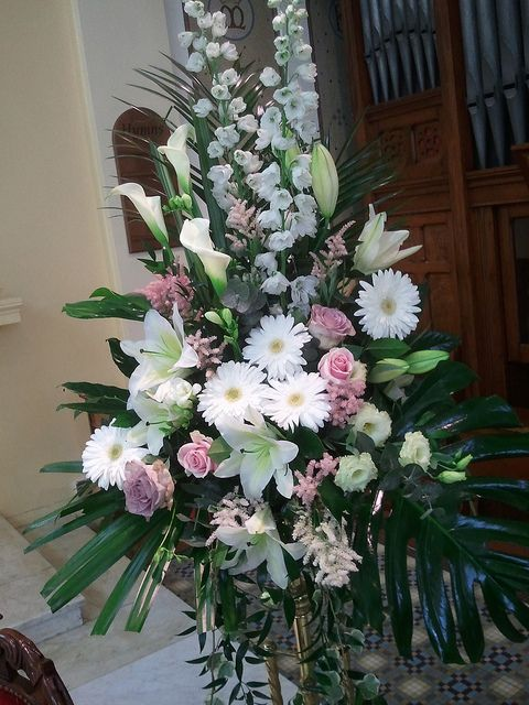 Church Chapel Flower Arrangements | Recent Photos The Commons Getty Collection Galleries World Map App ...