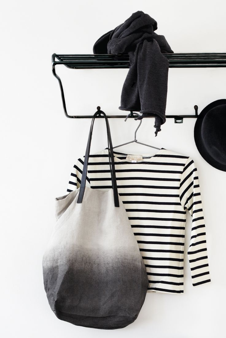 Hat Rack is a Swedish-made shelf from Maze. Hat Rack suit as clothes hangers in your hallway and is available in black, white or copper. In the same series you will also find Shoe shelf and the storage shelf, Middle shelf, for a complete hall interior. Produced in Sweden. Order of Maze Interior.