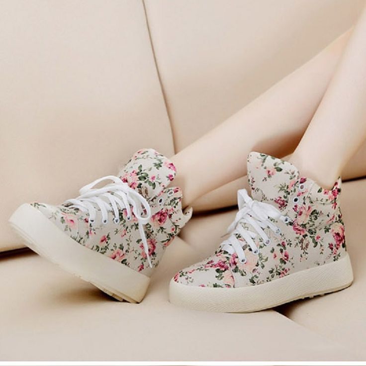 2017 Fashion Women Cansual Shoes Floral High Top Shoes Women Canvas Shoes Lace Up Brand Ladies Shoes Casual Women Trainers