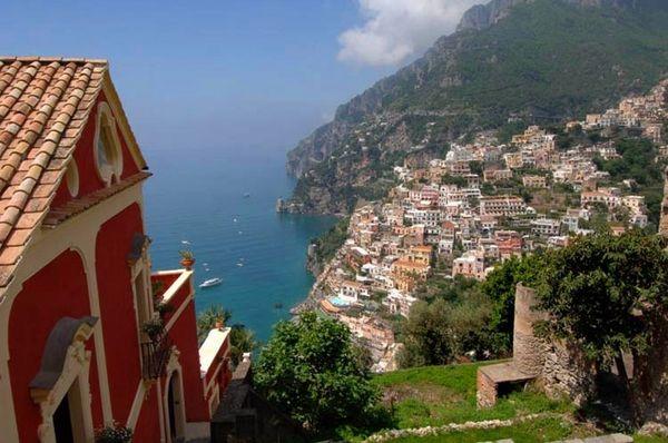 Eine luxuriöse Barockvilla mit spektakulärer Innenausstattung in Positano