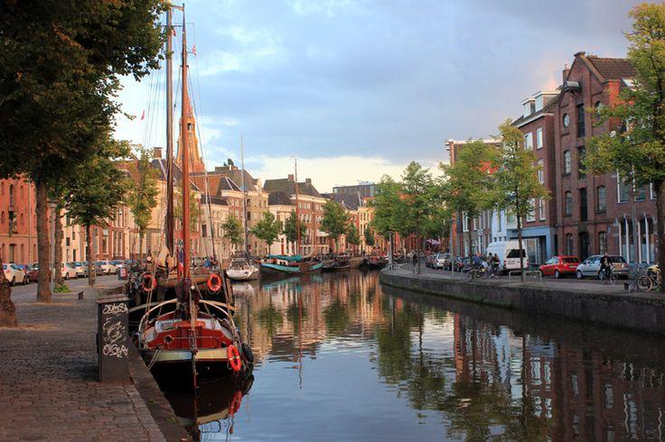 Zaplanuj weekendową podróż do Holandii: jak tanio polecieć do Groningen, gdzie warto się zatrzymać, gdzie dobrze zjeść na mieście.