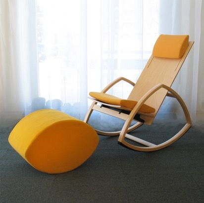 Rock For Peace rocking chair number 3 with the leg stool makes a perfect fit enabling an organic rocking experience. You can couple the color of your choice into your interior, whether that be living or bedroom - or even an office. Rock For Peace can be manufactured with a straight or corrugated seat, the first creating a clear and simple body structure whereas the latter creates a nice, subtle wave effect on the surface.