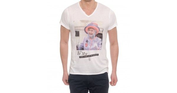 T-shirt με λαιμόκοψη V Boombap. Σύνθεση 50% cotton 50% polyester. e-funky.gr