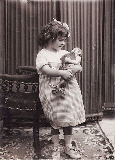Foto di Frida Kahlo bambina 2