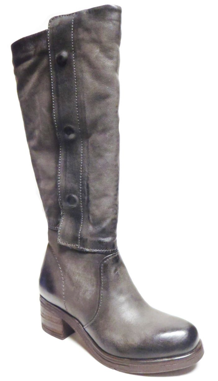 MJUS 560310 Athletic (Wide) Calf Boot Rino http://www.traxxfootwear.ca/catalog/5191215/mjus-560310-athletic-wide-calf-boot